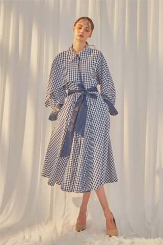 [19FW] Kletka Gingham Trench Dress