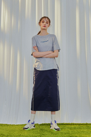 EMBROIDERY LONG SKIRT [NAVY]